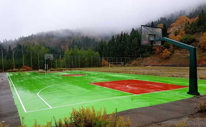 Άρτα: Ολοκληρώνονται οι εργασίες κατασκευής γηπέδου μπάσκετ-τένις στην Τ.Κ. Μεγαλόχαρης