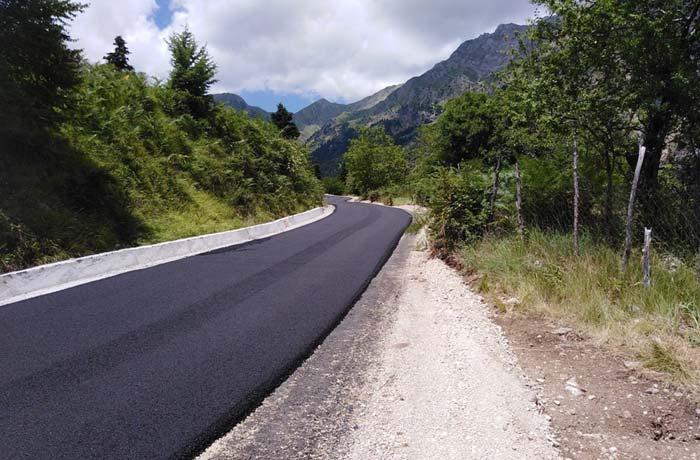 Άρτα: Θεοδώριανα - Ασφαλτοστρώθηκε ο δρόμος προς καταρράκτες