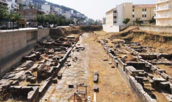 Άρτα: ΕΦΑ Άρτας - Περιήγηση στον αρχαιολογικό χώρο της Δυτικής Νεκρόπολης Αμβρακίας