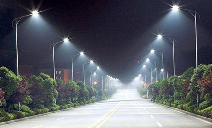 Άρτα: Επεκτείνεται και βελτιώνεται ο δημοτικός φωτισμός στην Άρτα