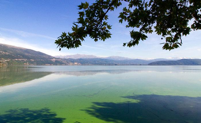 Γιάννενα: Απαγόρευση αλιείας από 10 Απριλίου μέχρι 31 Μαΐου στη λίμνη Παμβώτιδα
