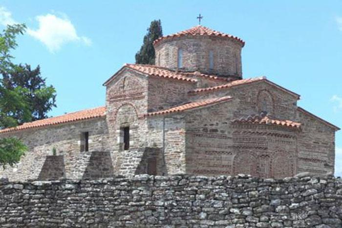 Άρτα: Ανάπλαση του περιβάλλοντος χώρου στην ιερά μονή Παναγίας Μπρυώνη στο Νεοχωράκι Δήμου Νικολάου Σκουφά