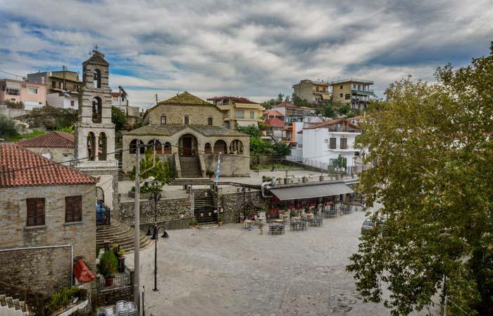 Άρτα: Αναμόρφωση της πλατείας του Πέτα στον Δήμο Νικ. Σκουφά